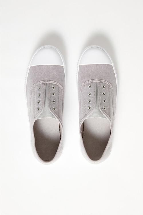 Pull On Sneaker