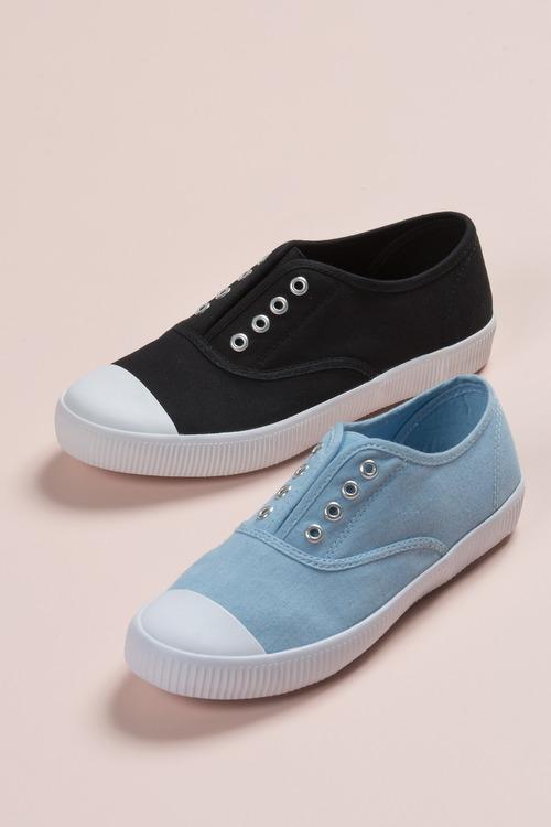 Pull-On Sneaker