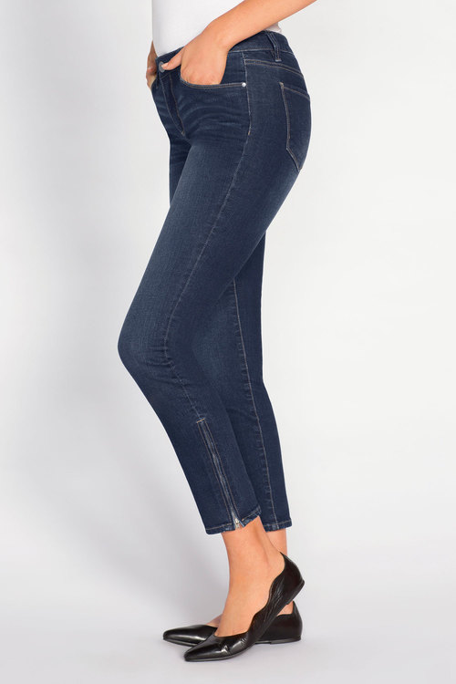 Capture Zip Skinny 7/8 Jeans