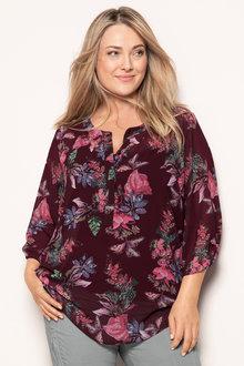 Plus Size - Sara Feminine Blouse