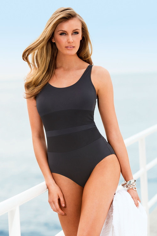 Quayside Mesh Middle Suit