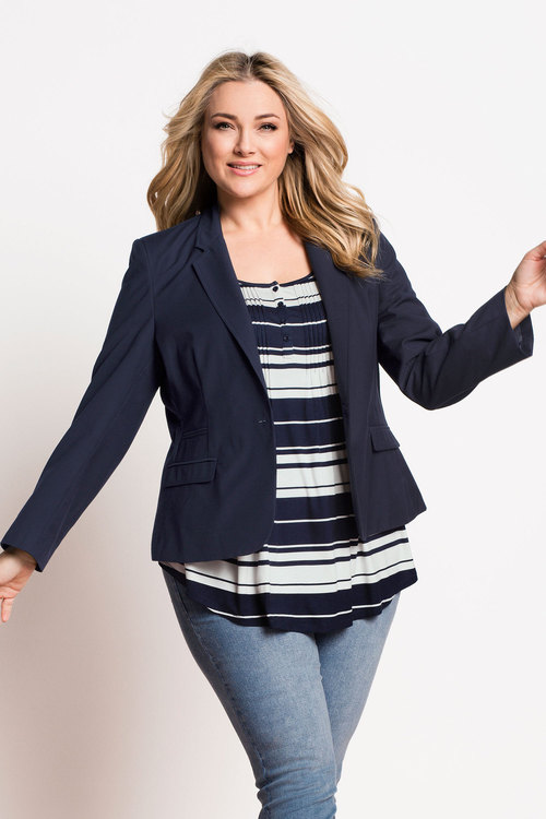 Plus Size - Sara The Blazer