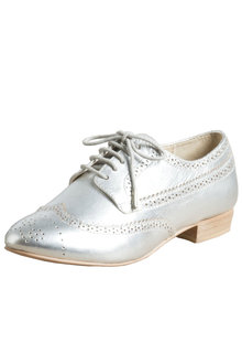 Sara Wide Fit Leather Lace Up Brogue