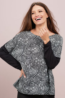 Capture Long Sleeve Print Top