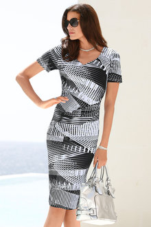 Capture European Classic Printed Dress