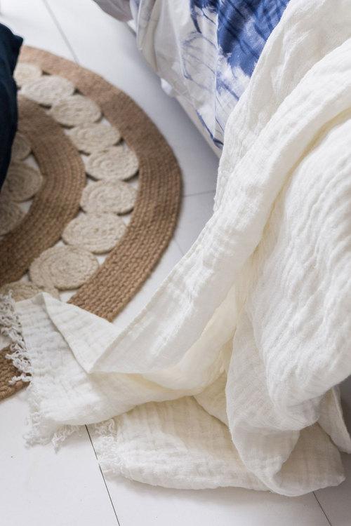 Maria Linen Throw