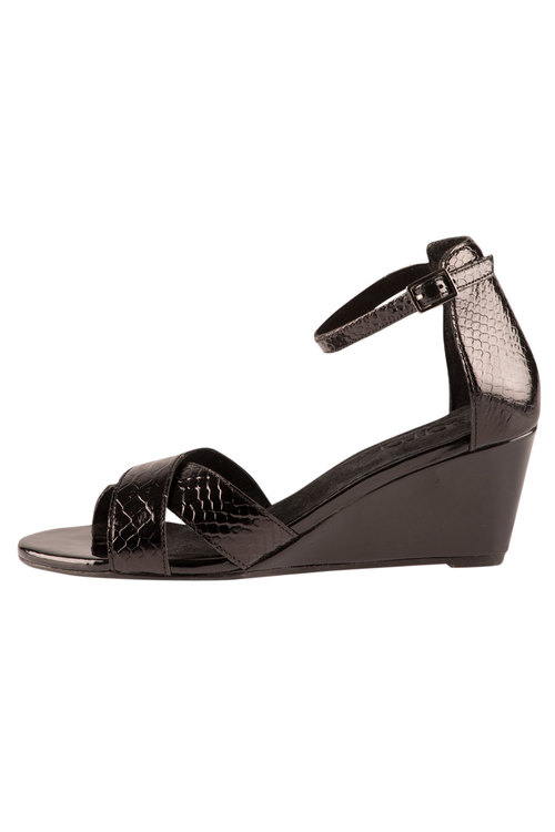 Wendy Sandal Heel