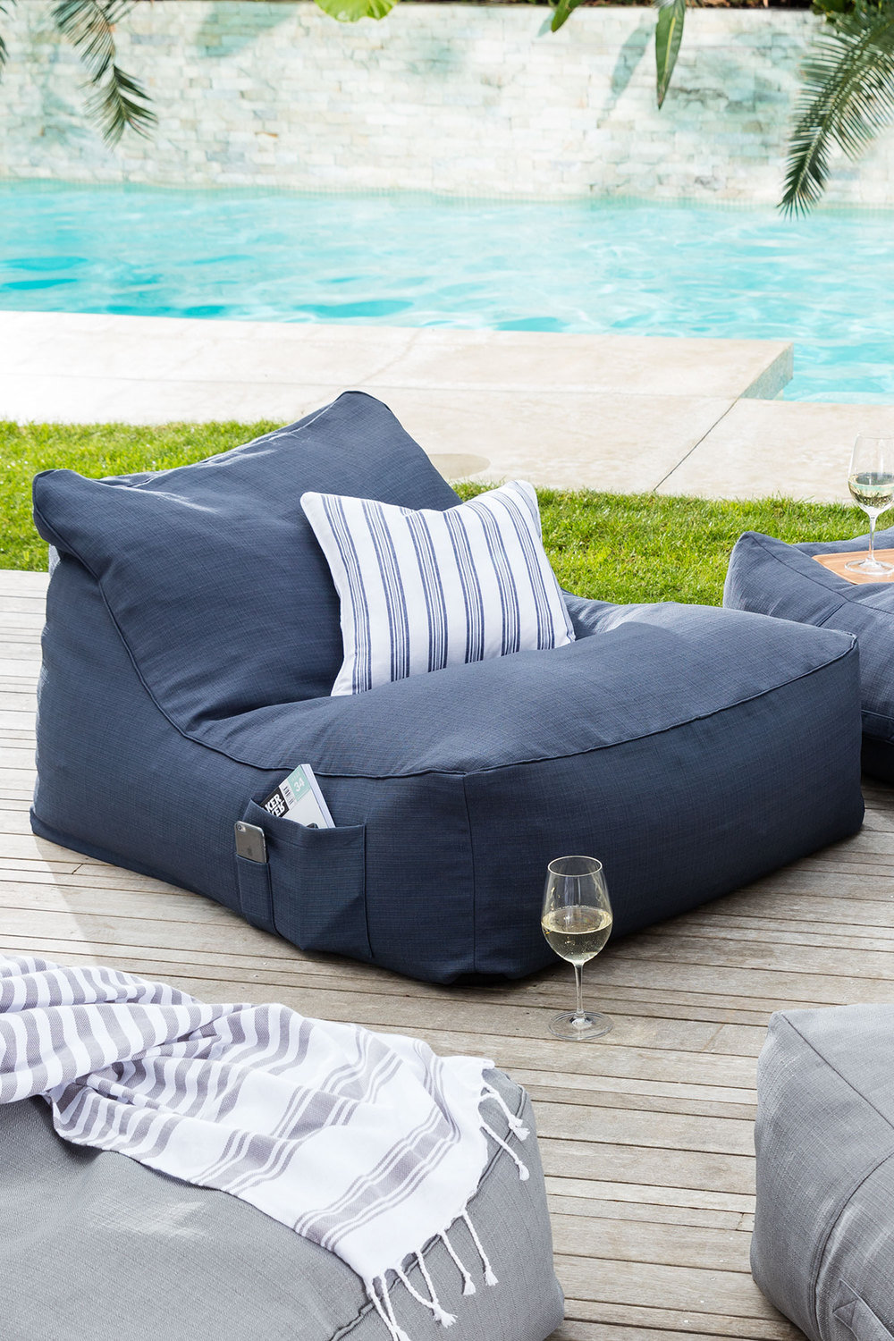 Life Deluxe Beanbag Online  29f3a7b831e47