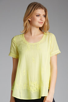 Capture Embroidered Swing Top