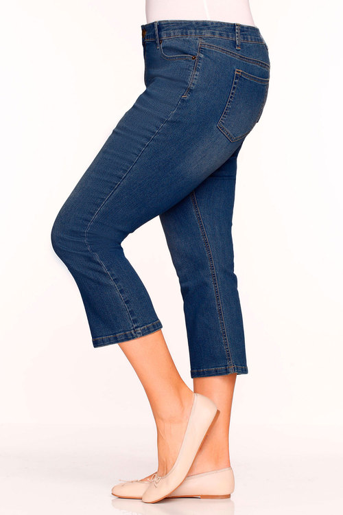 Plus Size - Sara Crop Kick Flare Jean