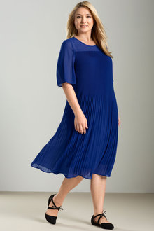 Sara Pleat Bell Sleeve Dress