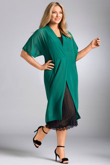 Plus Size - Sara Layer Dress