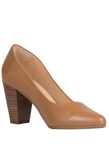 Wide Fit Jolie Court Heel - 167295
