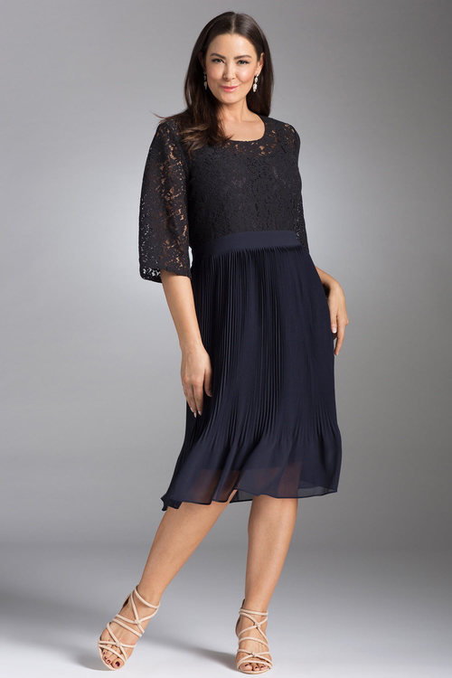 Plus Size - Sara Pleated Lace Dress