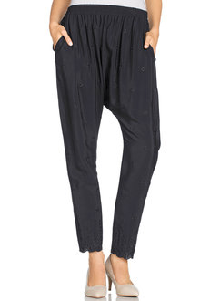 Grace Hill Embroidered Pant