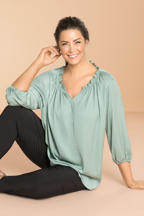 Sara Relaxed Gathered Blouse