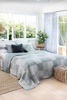 Isabella Bedcover Set