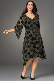 Plus Size - Sara Burnout Dress