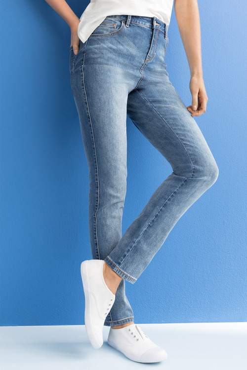 Capture High Waisted Jean
