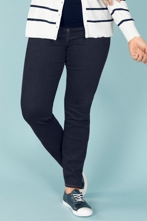 Plus Size - Sara So Slimming Straight Leg Jean