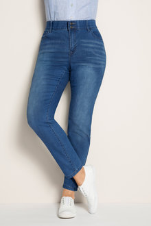 Sara So Slimming Straight Leg Jean - 171378