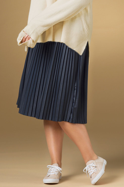 Plus Size - Sara Pleated Skirt