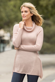 Capture Knitwear Swing Polo Neck