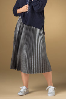 Plus Size - Sara Metallic Pleat Skirt