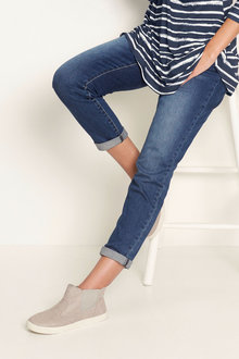 Urban Boyfriend Stretch Jeans