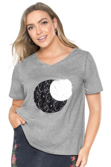 Plus Size - Sara Applique Tee