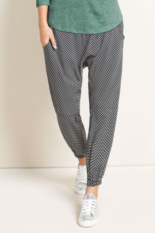 Capture Woven Slouch Pant