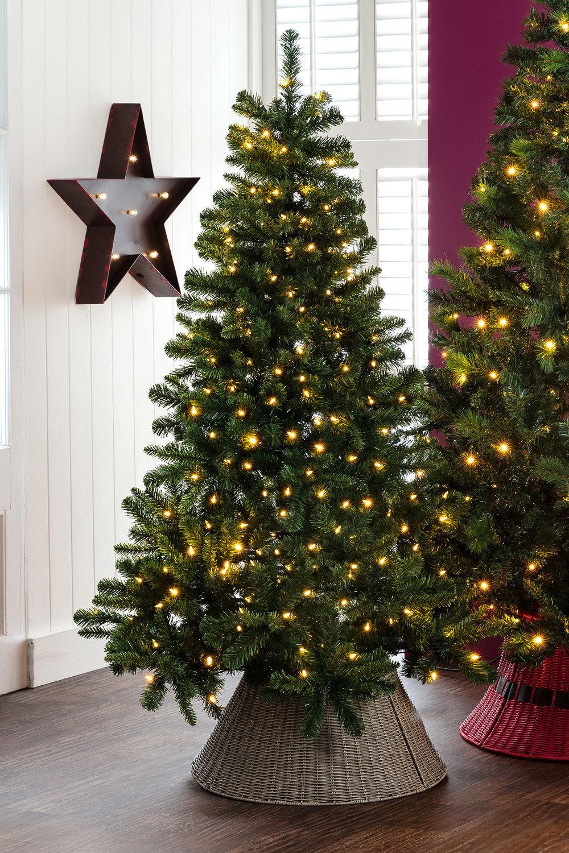 Light Up 6foot Christmas Tree Online   Shop EziBuy