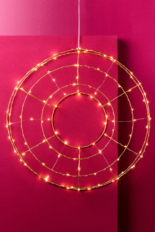 Light Up Round Wire Wreath