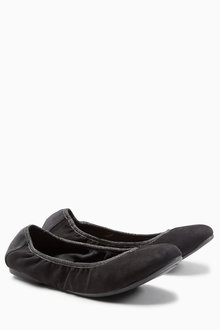 Next Folding Ballerinas