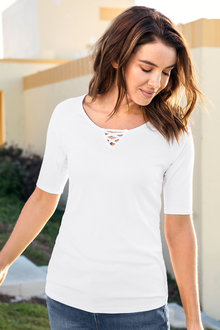 Capture Cross Neck Rib Tee