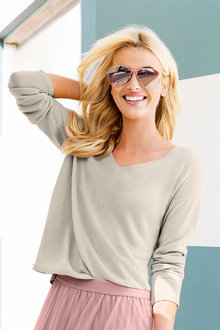 Emerge V Neck Knit