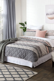 Safan Quilt Set