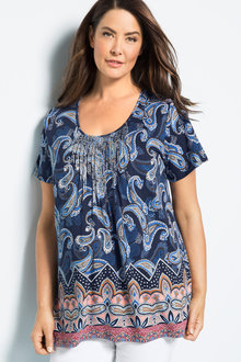 Plus Size - Sara Round Neck Trim Tee