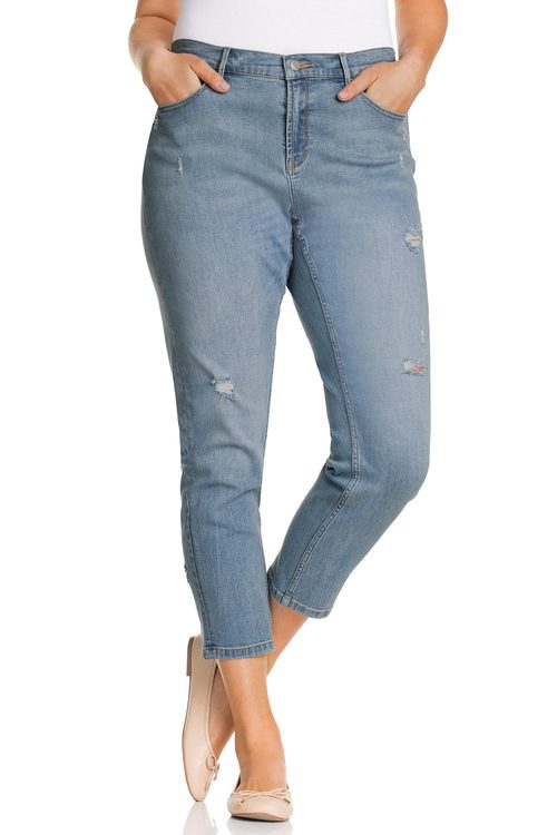 Plus Size - Sara Distressed 7/8 Jean