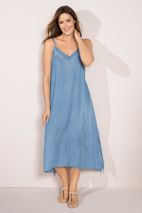 Sara Embroidered Trapeze Dress