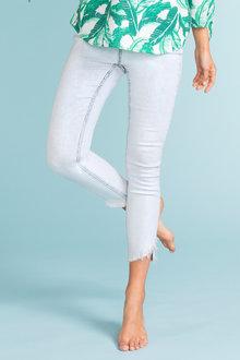 Emerge Curved Hem Jean