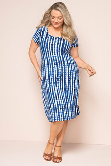 Plus Size - Sara Round Neck Dress
