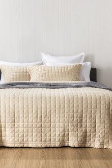 Jackson Bedcover
