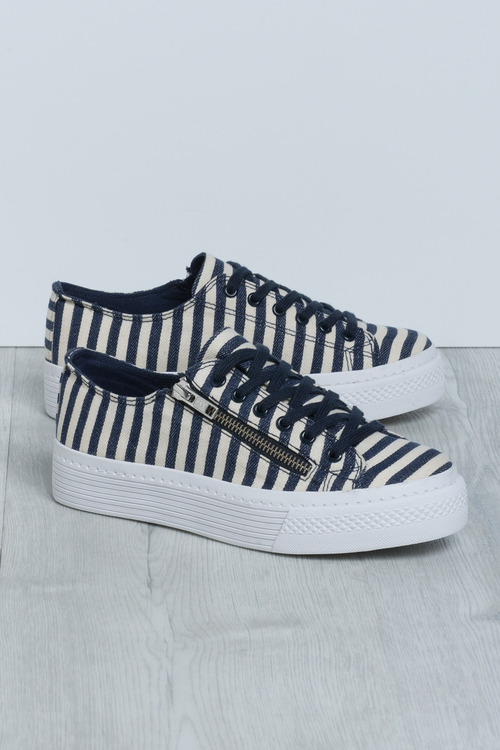 Wide Fit Cambridge Stripe Flatform Sneaker