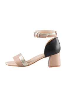 Capture Wide Fit Chicago Sandal Heel