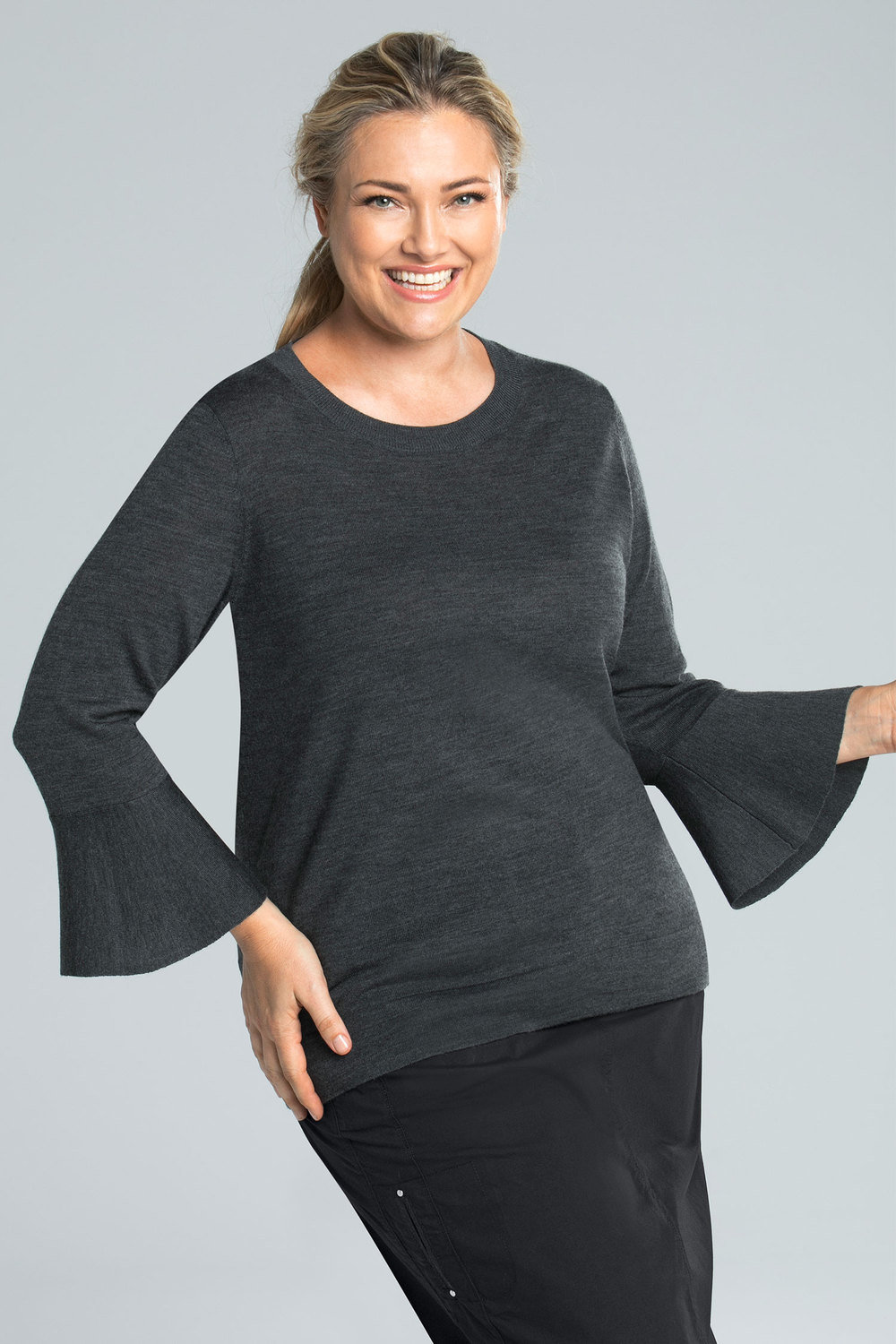 39c18308925 Plus Size - Sara Merino Fluted Sleeve Tunic
