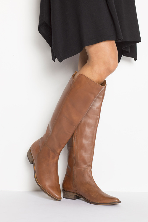 Hampton Knee Boot