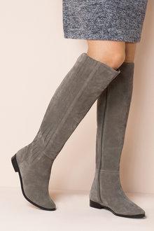 Hobart Knee Boot
