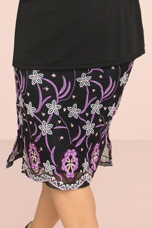 Sara Embroidered Skirt