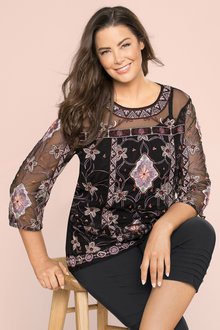 Plus Size - Sara Embroidered Top
